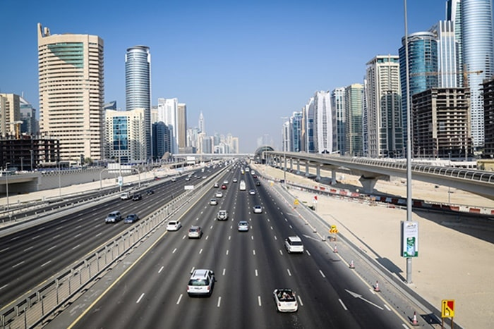 What is the cheapest month to travel to Dubai