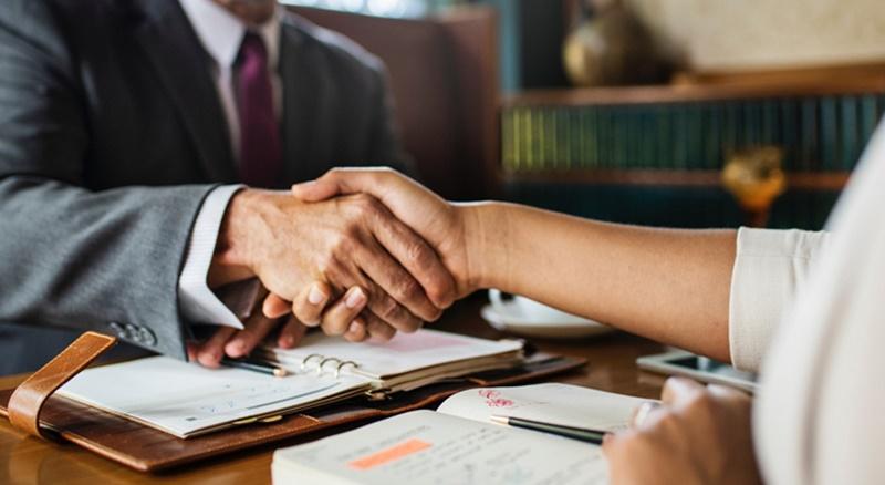 best Corporate Lawyers in uae